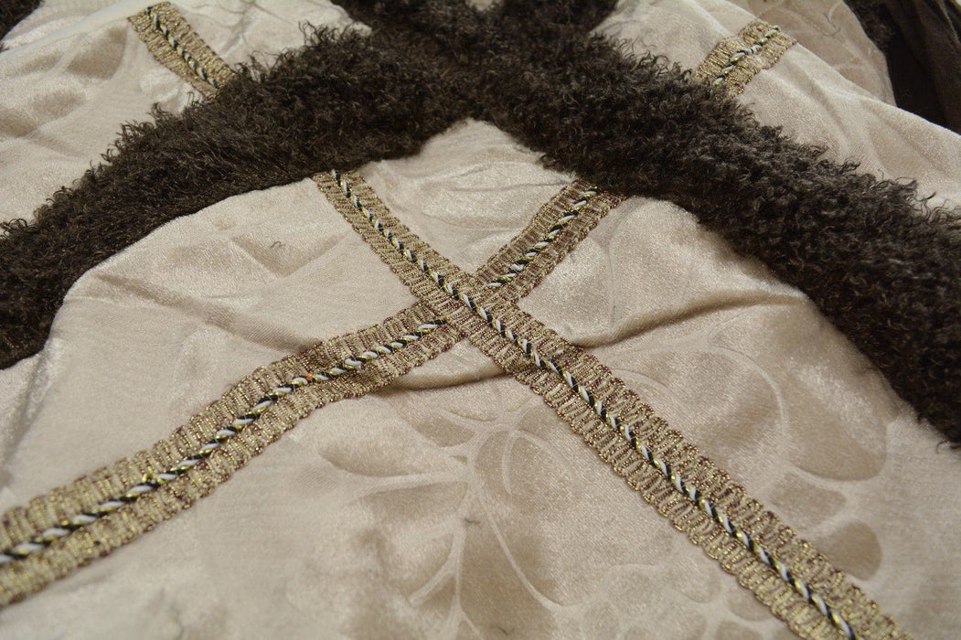 BEDSPREAD - DaDa Bedding Classic Elegant Velvety Ribbons Quilted Coverlet Bedspread Set (YG1024Beige) - DaDa Bedding Collection