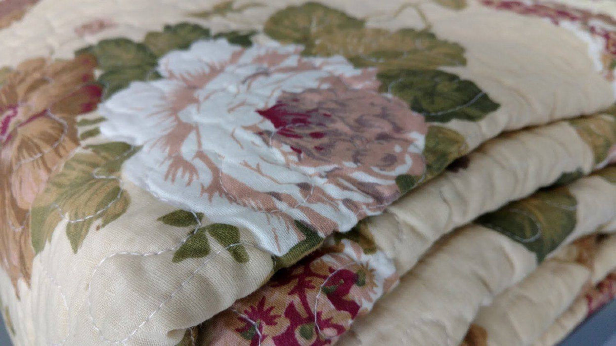 BEDSPREAD - DaDa Bedding Dusty Roses Garden Floral Patchwork Cotton Quilted Bedspread Set (DXJ103478) - DaDa Bedding Collection