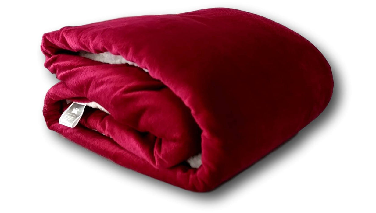 Blanket/ Throw - Tache Holiday Red Microfleece With Sherpa Back Throw Blanket