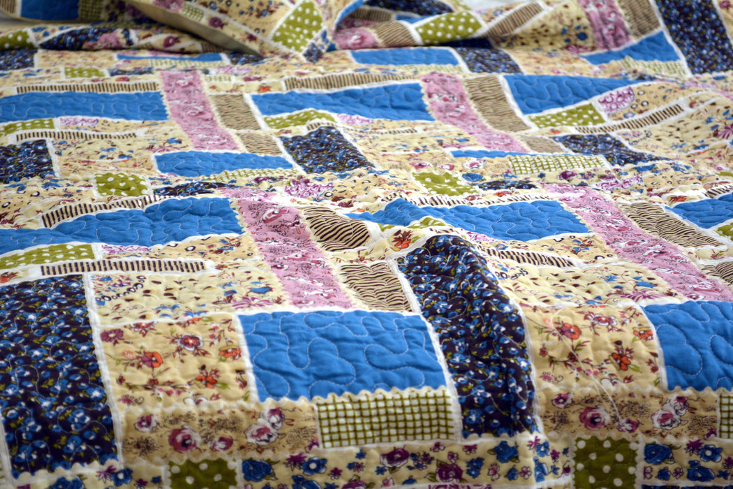 QUILT - DaDa Bedding Multi Colorful Floral Blue Patchwork Quilted Coverlet Bedspread Set (DXJ103269-1) - DaDa Bedding Collection