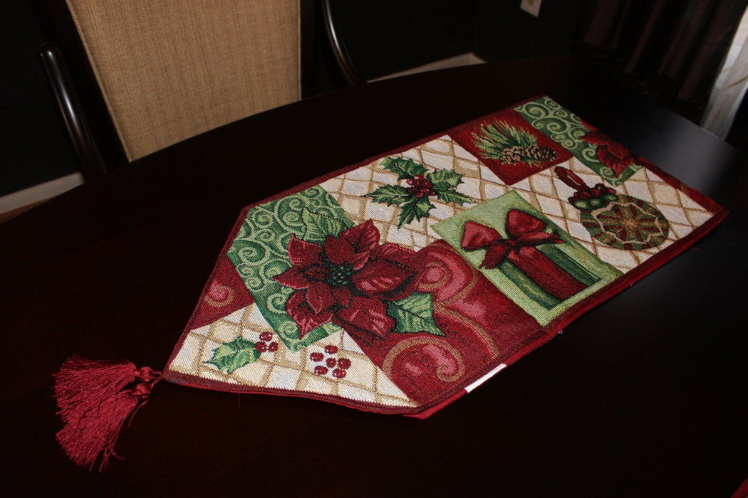 Tablerunners - Tache Holiday Tidings Table Runners