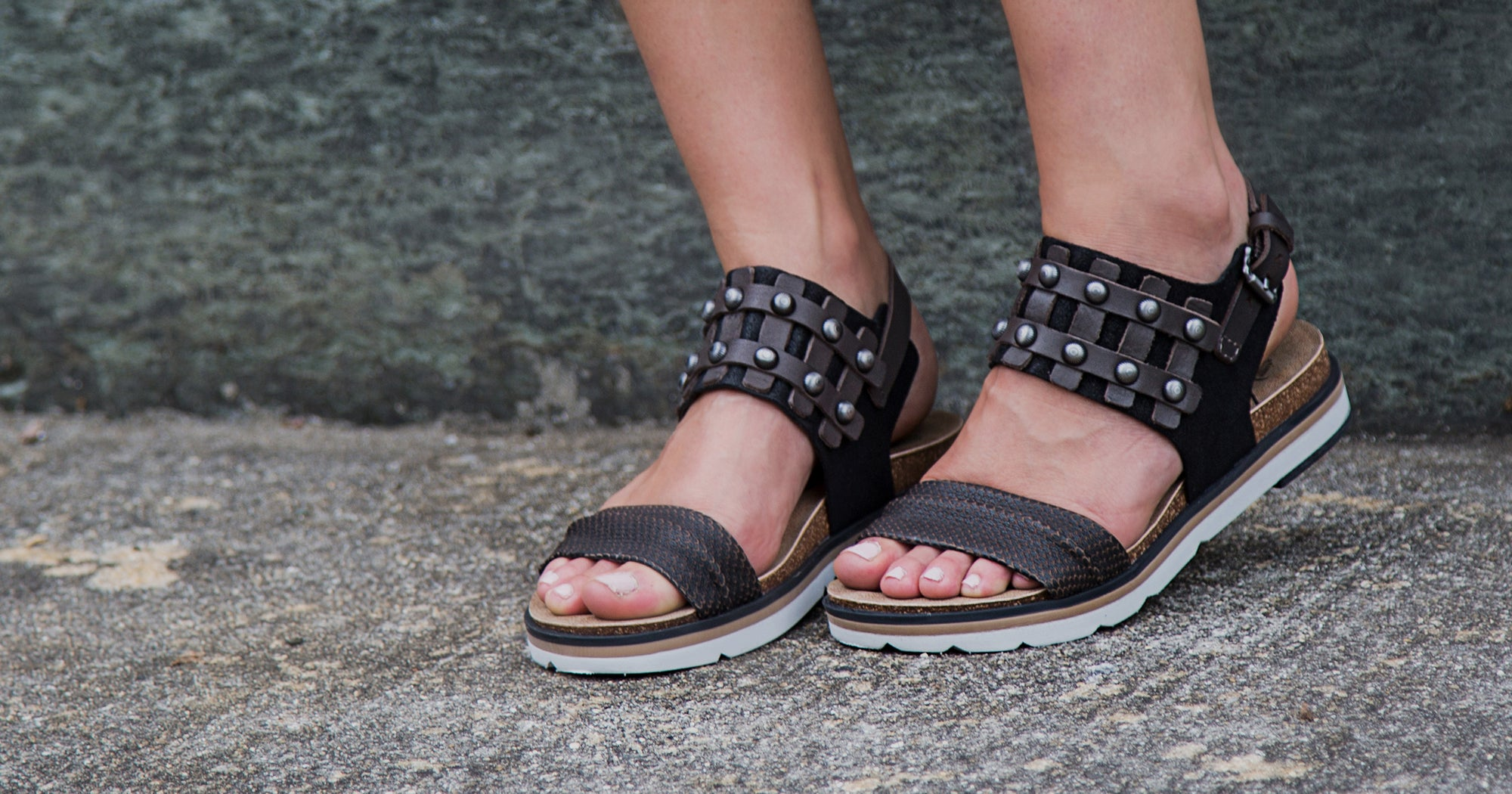5 OTBT Flat Sandals to Wear This Season