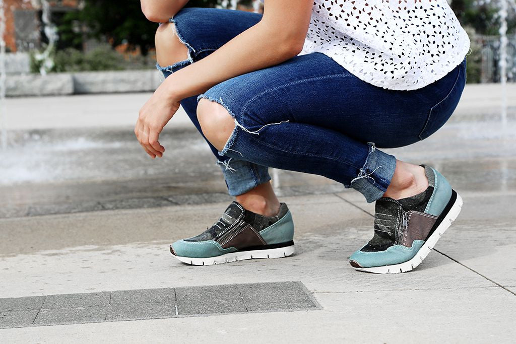 Looking for stylish yet comfortable women's sneakers for the summer? Check out OTBT's athleisure inspired Sewell.