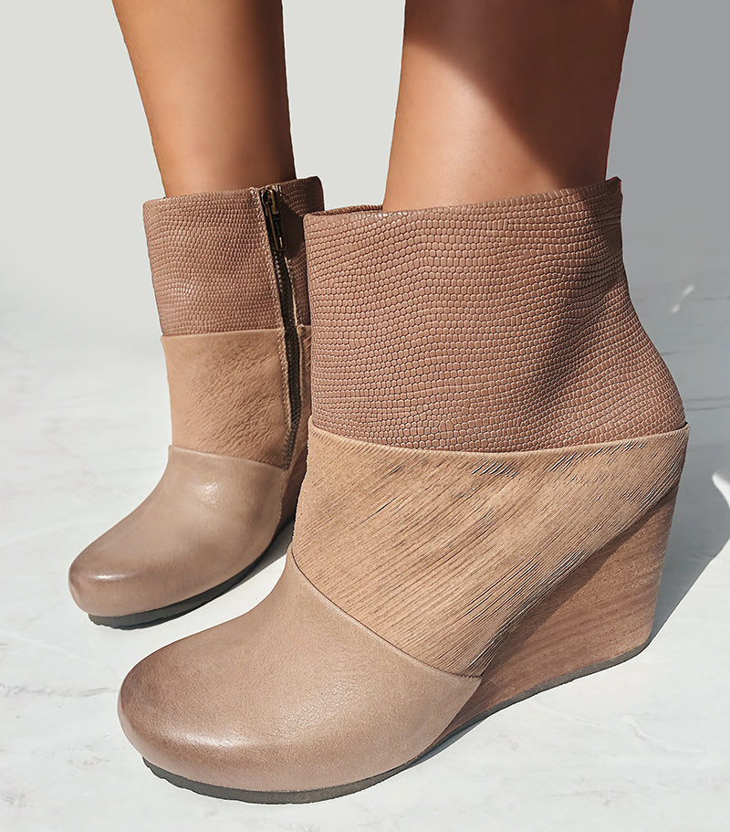 womens wedge booties