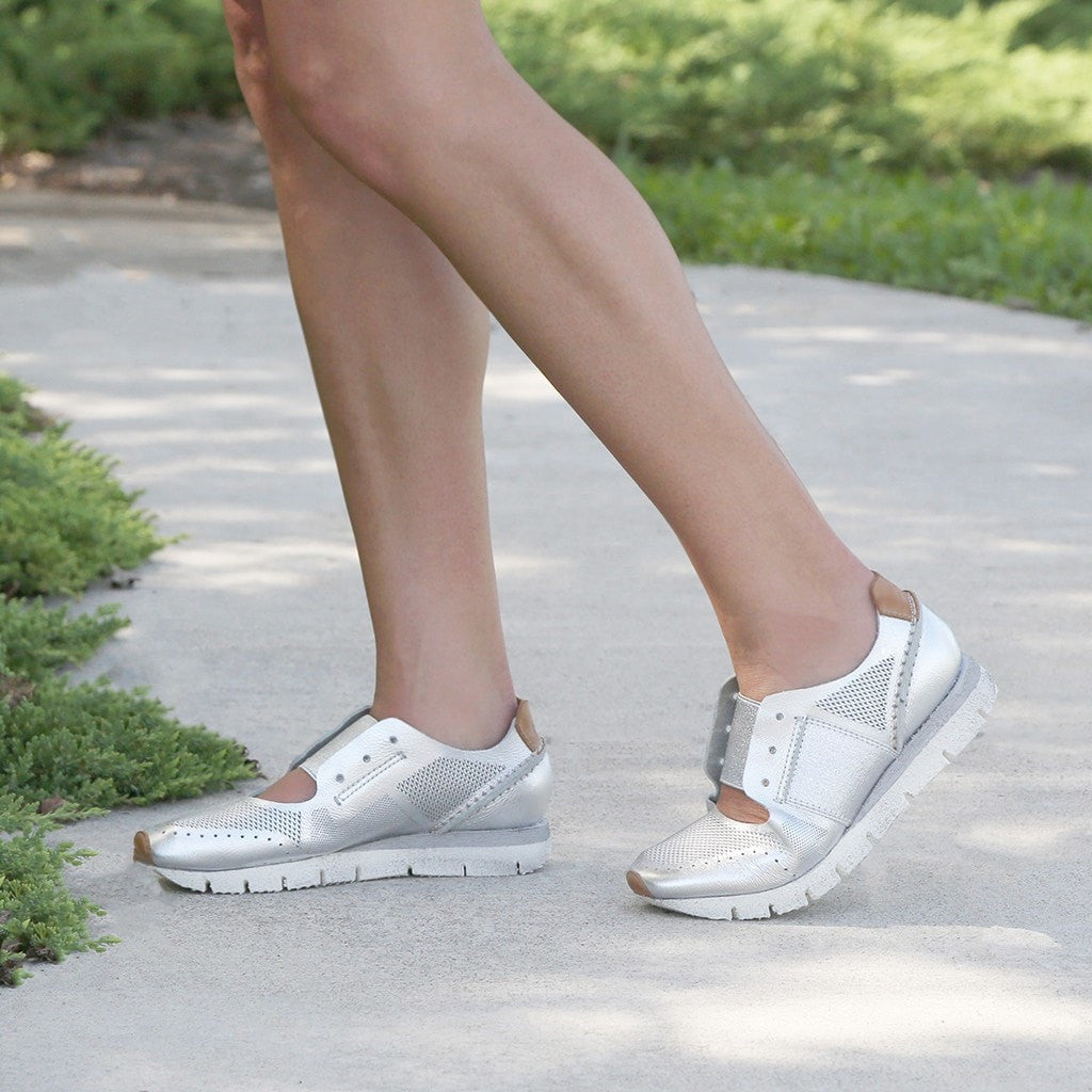 OTBT Star Dust Perforated Sneakers thLvj6RlX
