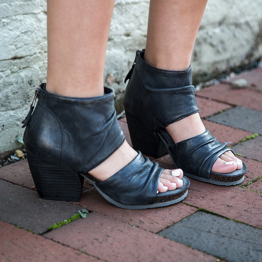 go pair comforter comfortable thing the classic your more little every only super woman pin heels black of high needs heel a is than lbd to pumps