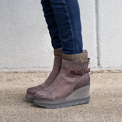 Womens mid shaft boot descend in grey