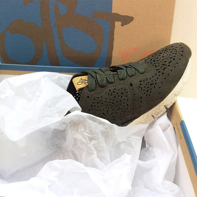 knora sneaker unboxing