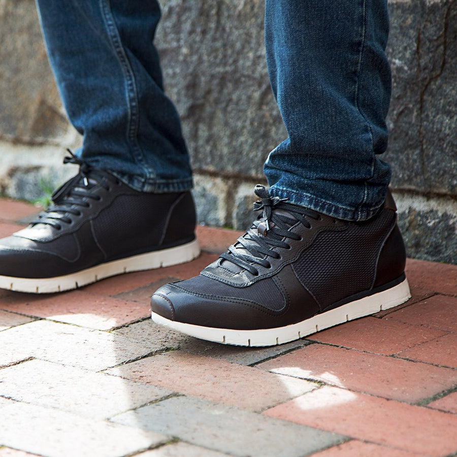 Armada - Travel Lite Leather Sneaker black 1