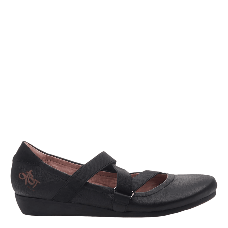 Womens ballet flat anora in black