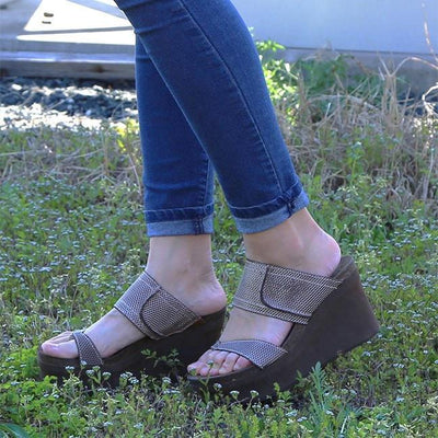 7a75b9a04fa6 Brookfield in Pewter Mesh Wedge Sandals