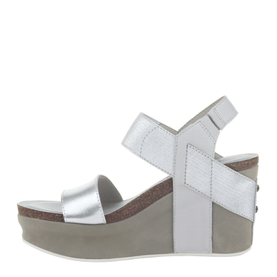 Womens wedge Bushnell in Silver left