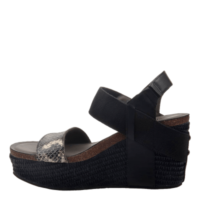 Womens wedge Bushnell black black inside