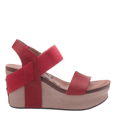 Womens wedge Bushnell in red side view