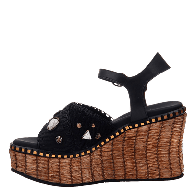 Womens wedge cahoot inside