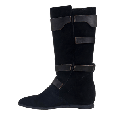Calamity boot in black suede inside