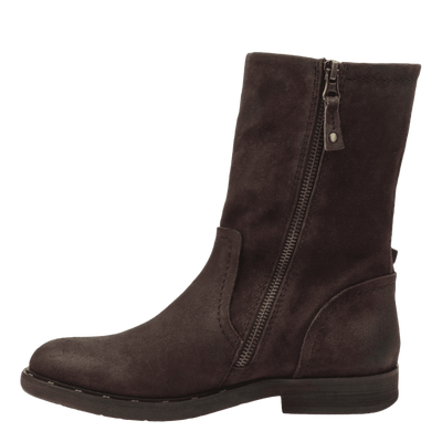 Causeway womens boot in dark brown inside view