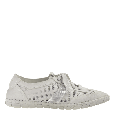 Womens sneaker Comet in off white side view