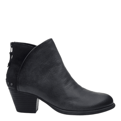 Womens ankle boot compass in black side view