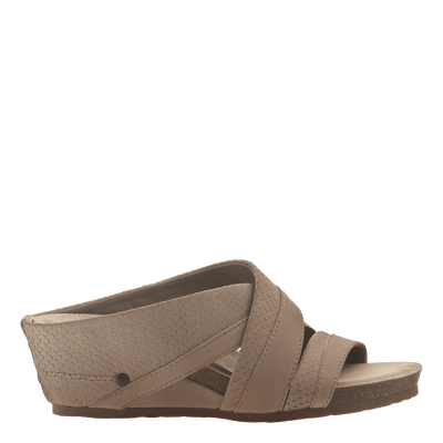 Womens slide sandal departure in pecan side view