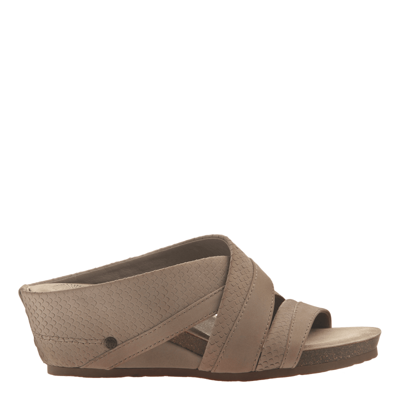 Womens slide sandal departure in pecan