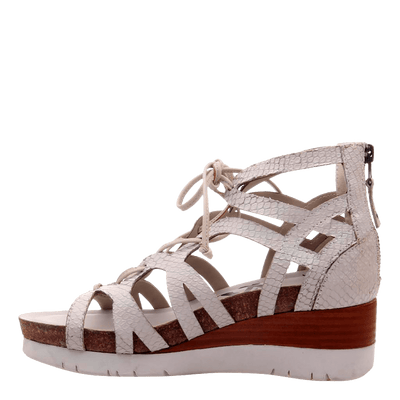 Womens wedge escapade in sport white inside view