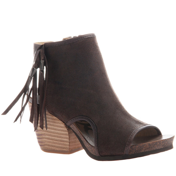 OTBT, Free Spirit, Cocco Powder, Fringe ankle open toe and open heel transitional shoe