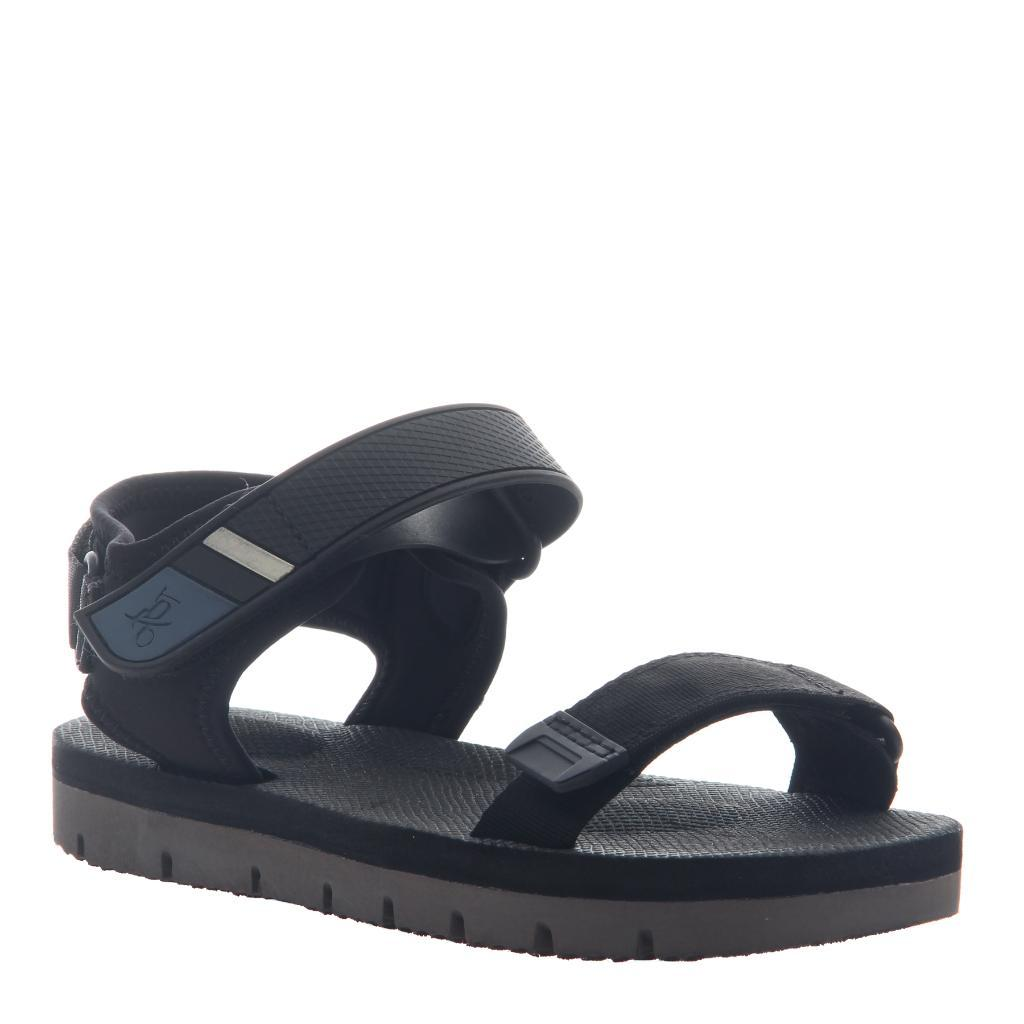 HIGH TIDE, BLACK