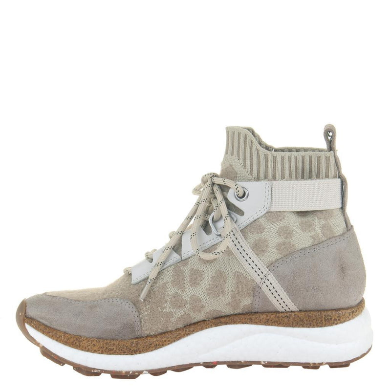 HYBRID in KHAKI Sneakers