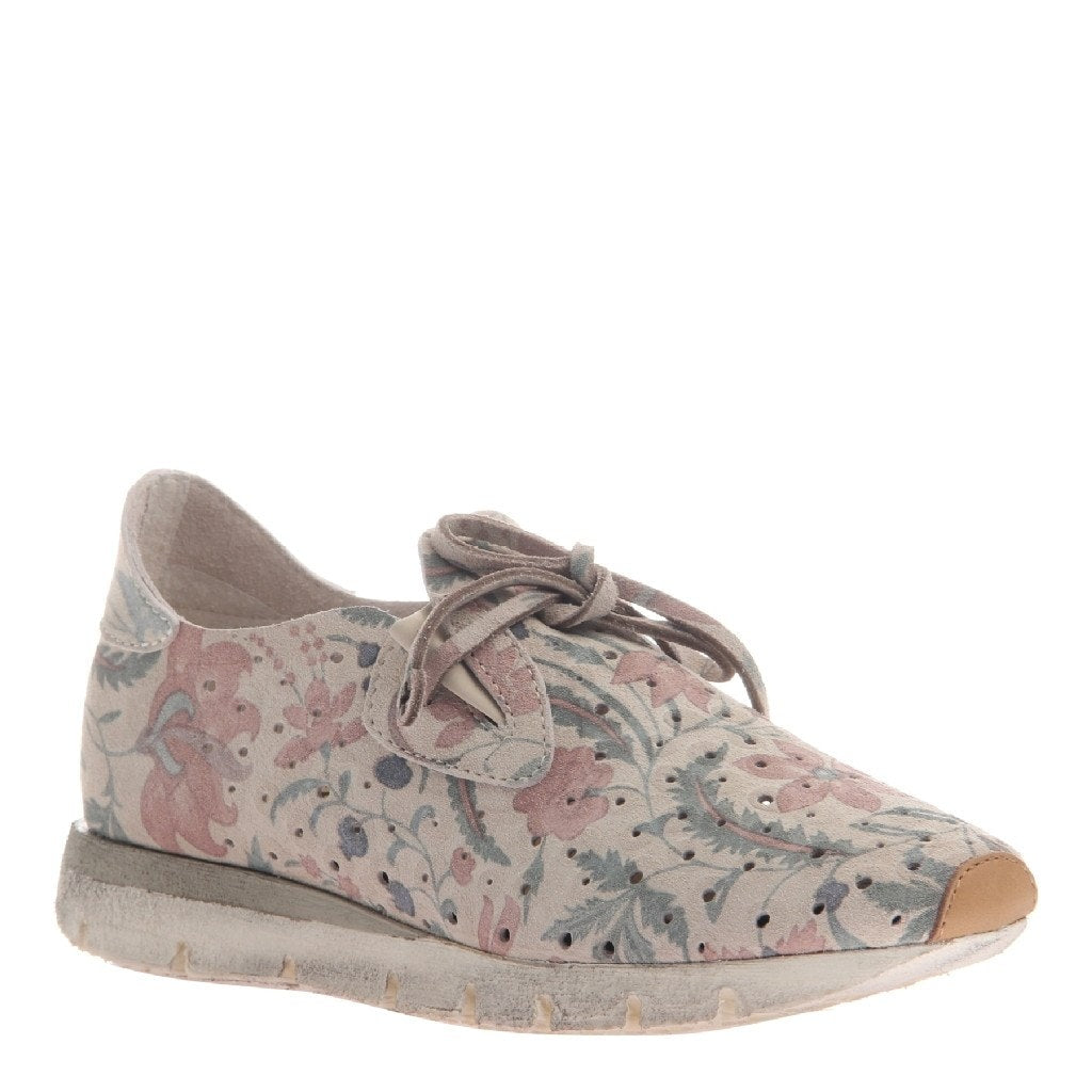 Lunar Women's sneaker in Bone