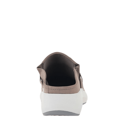 Womens sneaker marriet in cacao back view