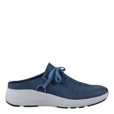 Womens sneaker marriet in new blue side view