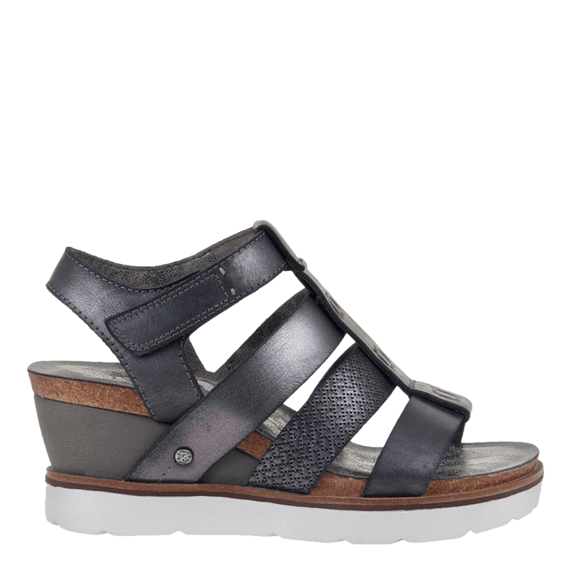 Womens wedge sandal new moon in new black