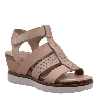 New Moon Warm Pink Wedge sandal