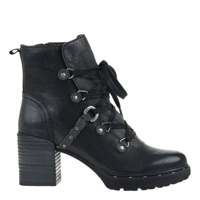 Womens ankle boot Oregon in black side view