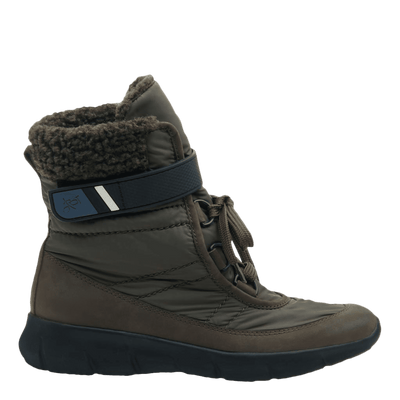 Womens cold weather boot pioneer in mint side view