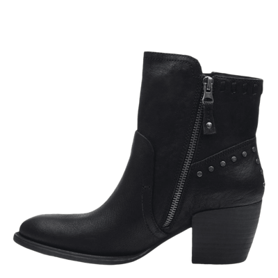 Womens ankle boot red eye in black inside view