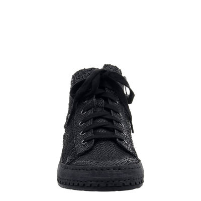 Womens sneaker round trip black front