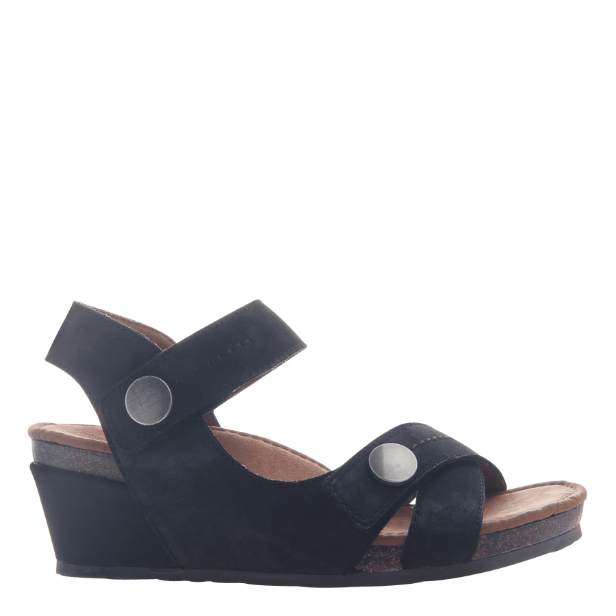 Womens wedge sandal Sandey in Black