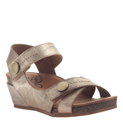 Womens wedge sandal Sandey in Gold
