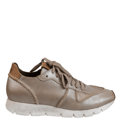Womens sneaker snowbird in cloudburst right view