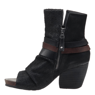 Womens black ankle boot sojourn black inside