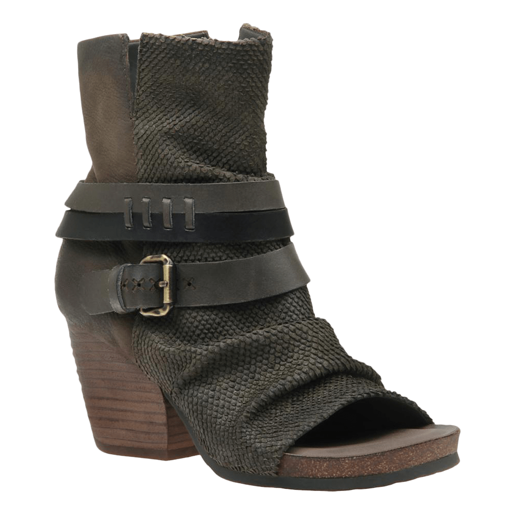 Womens black ankle boot sojourn mint