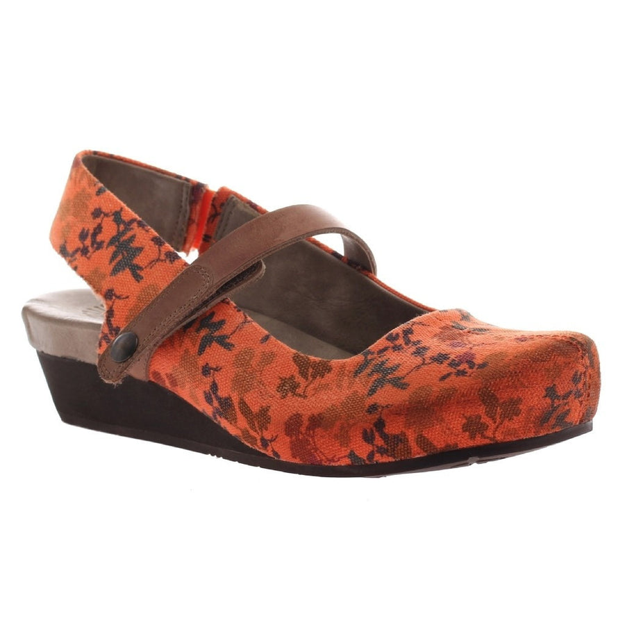 SPRINGFIELD in ORANGE FLORAL Closed Toe Wedges