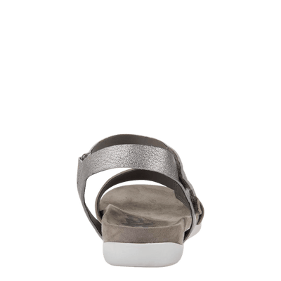 OTBT flat sandal Theodora in dark silver back view