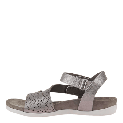 OTBT flat sandal Theodora in dark silver side inside