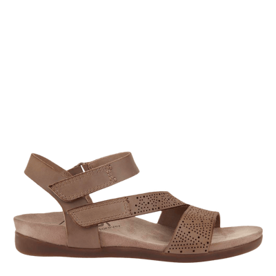 OTBT flat sandal Theodora in pecan side view