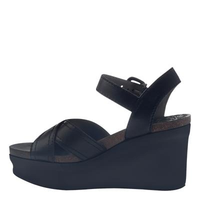 Bee Cave womens wedge in black inside view