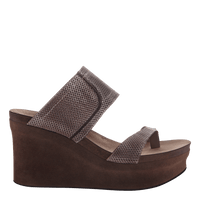 Brookfield Wedge in Pewter Mesh Side View