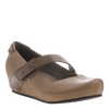 Salem women's closed toe wedge in hickory brown